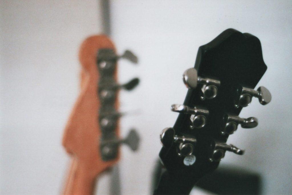 guitarnecks2016-web